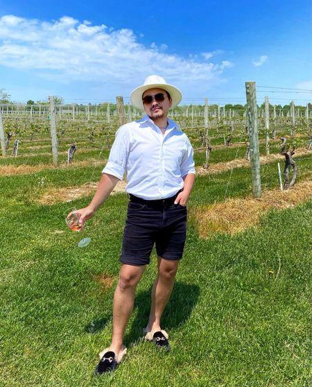 It's 5 o'clock somewhere 🍷😎 #winevineyard #summervibes