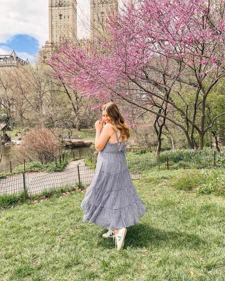 Swingy dress season 🌸 This is your reminder to get outside every single day while we have this perfect spring weather!!     #LTKstyletip #LTKSeasonal #LTKunder100