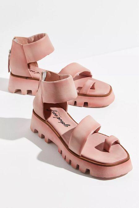 These platform sandals are amazing!  #LTKfit #LTKshoecrush #LTKstyletip