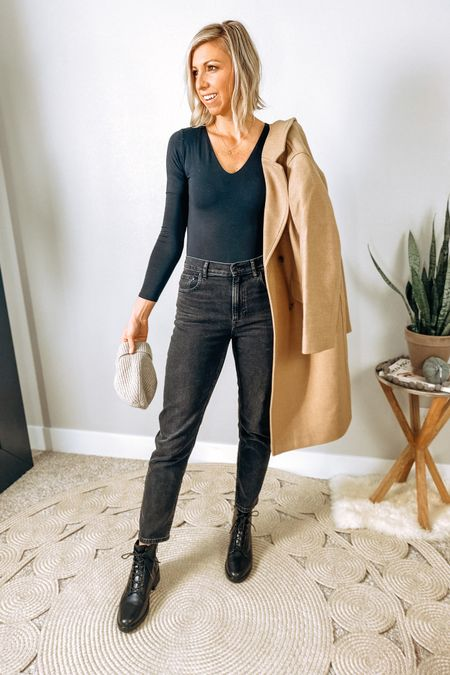 http://liketk.it/2ZMZU #liketkit @liketoknow.it  Everlane cozy fall mini capsule... All black + a camel coat is so chic! #LTKstyletip #LTKworkwear #StayHomeWithLTK