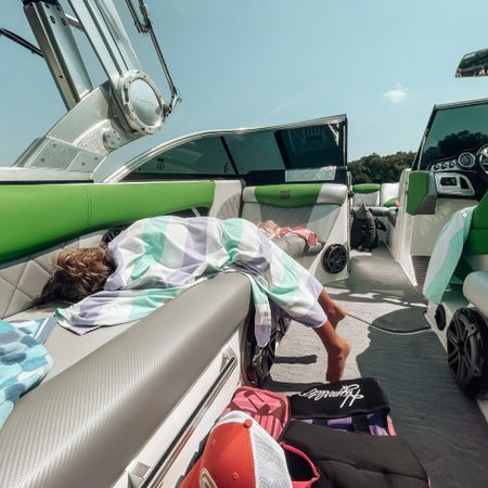 Boat naps and the best quick dry towels http://liketk.it/3jGHq #liketkit @liketoknow.it