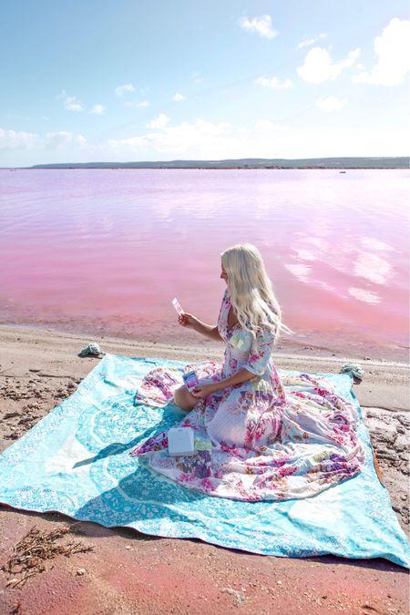 Pink vibes at pink lake 💕✨  #LTKunder100 #LTKaustralia #LTKtravel