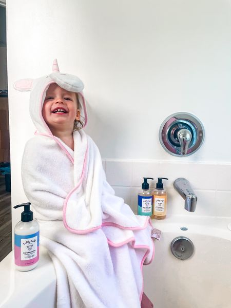 """When Dolly was a newborn, the best advice I received was to """"just add water."""" 💦  When you need a way to burn off some energy at the end of the day, send your kids outside to play in the sprinklers.  When your child is bored inside on a cold or rainy day, give them some ice cubes to play with or a cup of water and a paintbrush.  When your toddler is sticky or messy, throw them in the bathtub or hose them down outside to wash off.  When your baby is being fussy, calm them down with a bath in the sink, shower, or wherever's convenient.  Yeah, your water bill may go up, but no one can complain about a clean baby in a cute bath towel. 🦄  Maybe that's why bath time falls right before bed… when everyone is ready for the day to be done, we """"just add water!"""" 💦  What's the best mom advice you've ever been given?!  P.S. you can use the link in my bio to get a discount on some of our favorite bath products @tubbytodd!! 🛁   #LTKbaby"""