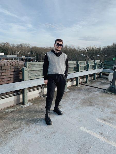 Sweater vest dress down vibes 🤎  #LTKunder50 #LTKeurope #LTKmens