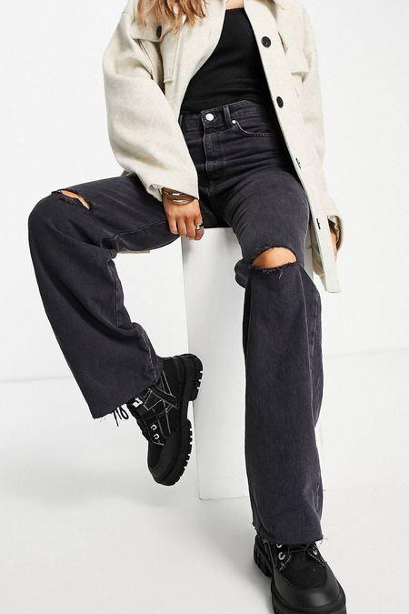 My beige shacket and amazing jeans!🖤  #LTKeurope #LTKSeasonal #LTKstyletip