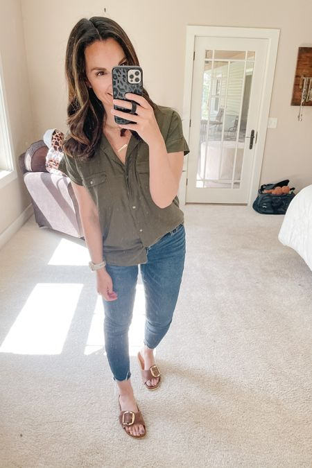Straight #oldnavystyle going on today! It's finally short sleeve weather outside!! Also LOVING my new #birkenstocks, the gold buckle just feels so feminine and pretty and of course the color! 😍  http://liketk.it/3ffwc #liketkit @liketoknow.it   You can instantly shop all of my looks by following me on the LIKEtoKNOW.it shopping app