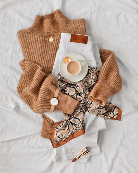 Cozy Caramels 🐻🧡 cozy knits & bright whites while waiting for Spring to warm up!! Shop your screenshot of this pic with the LIKEtoKNOW.it app @liketoknow.it http://liketk.it/2AhCk #liketkit @liketoknow.it.europe #LTKeurope