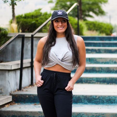 Happy Wednesday y'all!☺️ Am I the only one who has been living in gym clothes, even if I don't workout?😆 it's hard to resist comfy clothes while working from home!🙌🏽 These joggers are definitely one of my favorite purchases (if between sizes, size down).🖤  You can instantly shop all of my looks by following me on the LIKEtoKNOW.it shopping app  http://liketk.it/30k7D @liketoknow.it #liketkit #LTKfit #LTKunder100