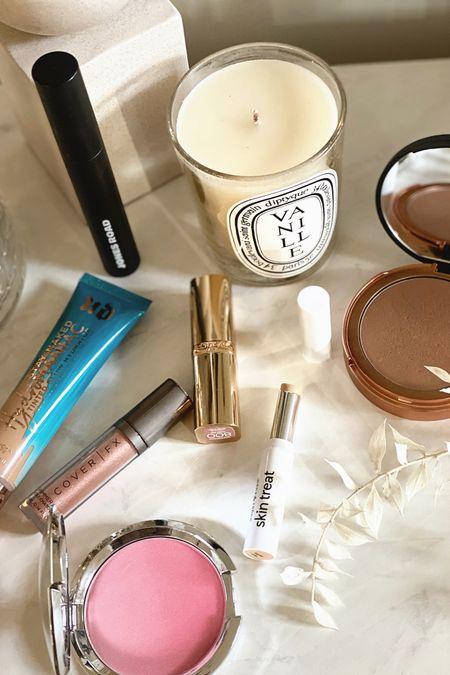 New video where I test some of the newest makeup on the market! I tried @jonesroad mascara (Bobbi Brown's new clean beauty line), Urban Decay's new Hydromaniac Glowy Foundation (it's amazing!), @tarte Sugar Rush Skin Treat concealer, A drugstore Mac lipstick dupe, @itcosmetics Primer, Bronzer, Blush, & Setting Powder… & more! http://liketk.it/37ncP #liketkit @liketoknow.it #LTKVDay #LTKbeauty #LTKwedding #makeup #beauty