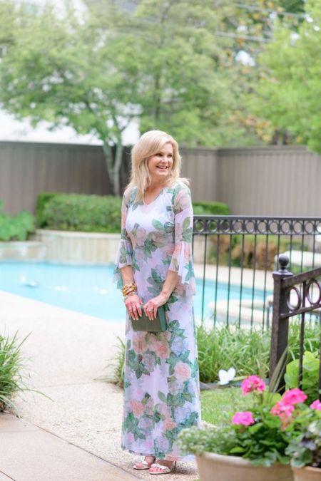 Dress on SALE. It's perfect for a summer wedding!     #LTKstyletip #LTKwedding #LTKsalealert