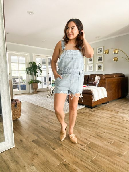 Sharing three Outfit ideas for the weekend. You may already have the staples in your closet right now.  #LTKunder50 #LTKstyletip #LTKunder100