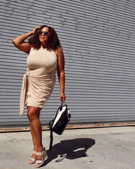 """Another item in nude!  I've really leaned into more neutrals 🤎🤍🖤tones the last few months. What's great about these tones is that they can be worn together! Makes it easier to get dressed. We are all about that 🙋🏾♀️! Are you into neutrals too?  This comfy dress is from @amazonfashion it's linked in my Amazon shop in my """"Bodycon & Date Night Dresses for Midsize & Curves"""" list. I'm wearing a size xl in khaki. You can follow me on Amazon so you don't miss an item! Go to the link in Bio!  #comissionsearned #amazoninfluencer #amazonaffiliate #founditonamazon  ———————————————————————————  🇩🇴 ¡Otro artículo en tono nude! Realmente he empezado a usar más tonos neutrales en los últimos meses. ¡Lo bueno de estos tonos es que se pueden usar juntos! Hace que sea más fácil vestirse. ¡Todo se trata de eso 🙋🏾♀️! ¿También te gustan los neutrales?  Este cómodo vestido es de @amazonfashion y está vinculado en mi tienda de Amazon en mi lista """"Bodycon & Date Night Dresses for Midsize & Curves"""". Llevo una talla xl en color caqui. ¡Puedes seguirme en Amazon para no perderte ningún artículo!  ¡Vaya al enlace en Bio! #comissionsearned #amazoninfluencer #amazonaffiliate #founditonamazon    #LTKunder50 #LTKcurves #LTKstyletip"""