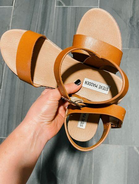 Steve Madden cognac flat sandals