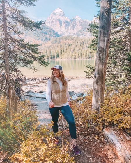 doin pine 🌲 . . My teal leggings are an amazon find and they have the cutest strap detail on the back! I linked them along with my Patagonia vest & hat with @liketoknow.it ! http://liketk.it/2Y4hP #liketkit #LTKtravel