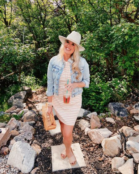 Thirsty Thursday calls for an Ice Tea from @starbucks🥤 Who am I kidding everyday calls for a Shaken Black Ice tea, unsweetened, no water From @starbucks🤷🏼♀️ ............................................... 🌿 🌿 What's your favorite drink? I am talking  your drink of choice that you have everyday?🥤 🌿 🌿 Shoe's and Hat I purchased from @rowan to #shopsmall  🌿 🌿 My outfit is shop able @liketoknow.it  link in bio👆🏻 Dress is so affordable $15 http://liketk.it/2PKOd  #liketkit  Screen shot, follow me on LIKEtoKNOW.it or link in bio👆🏻👆🏻👆🏻 🌿 🌿 NEW BLOG post up.... The recipe you all have been dming me about 🥣spinach tortellini Soup🥣 and my Cheaters Homemade garlic bread 👆🏻 Link in Bio👆🏻 to read👆🏻👆🏻👆🏻👆🏻 . . . . . . . #lktunder50 #ltkspring #ltkoutfit #ltkstyle #ootd #easyoutfit #affordableoutfit #denimjacket #waytowear #cultgaia #rowanboutique #utahblogger #starbucks #icetea #iceteadrinker