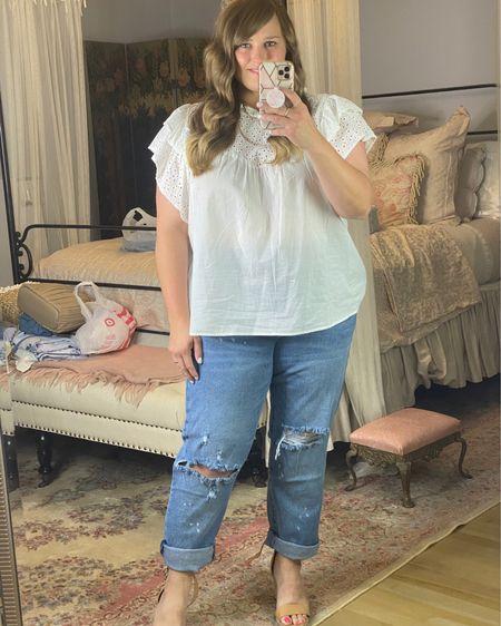 Loving these under $20 boyfriend jeans from Walmart! http://liketk.it/3k30e #liketkit @liketoknow.it #LTKunder50