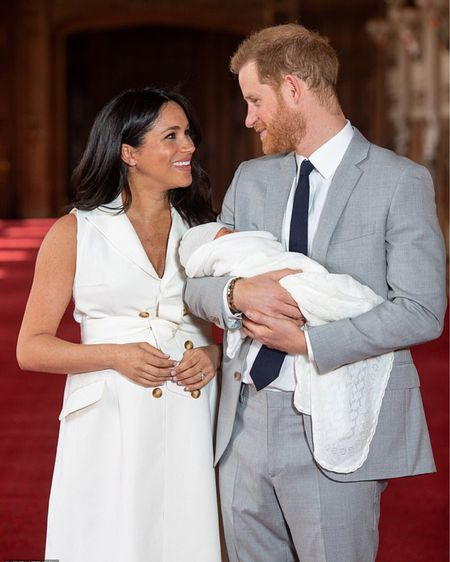 Meghan's look, with links to exact items and budget friendly look a likes, all on the blog. ••• I'm still buzzing from this week. I woke up on Thursday morning at 430am thinking of everything #ArchieHarrison tell me I'm not alone! Countdown to the next time we see this adorable family of three at the baptism. 👶🏼 👑 👶🏽👑 You can instantly shop my looks by following me on the @liketoknow.it app #liketkit http://liketk.it/2BIRy