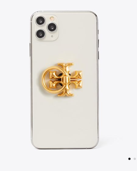 Chic phone accessories are a must for me. This @toryburch phone ring was an immediate add to cart. http://liketk.it/3cDGl #liketkit @liketoknow.it   Shop your screenshot of this pic with the LIKEtoKNOW.it shopping app