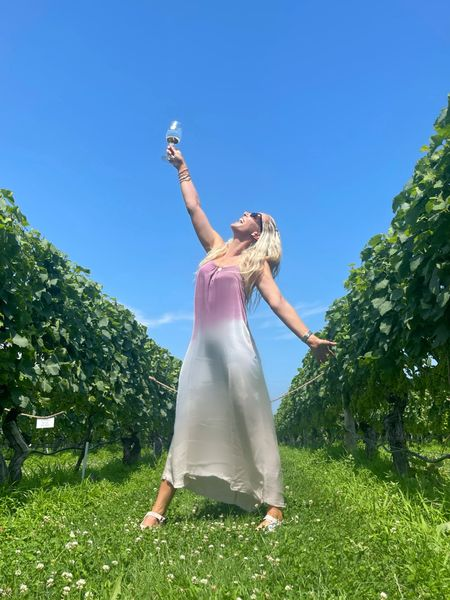 """Cheers to Sunday's!☀️🍷  Most magical time with beautiful friends last week.  Be yourself. Let people see the real imperfect, flawed, quirky, weird, beautiful  And magical person you are. 💫 """"Be who you are and say what you feel because those who mind don't matter and those who matter dont mind"""" DS.  #LTKbeauty #LTKstyletip"""