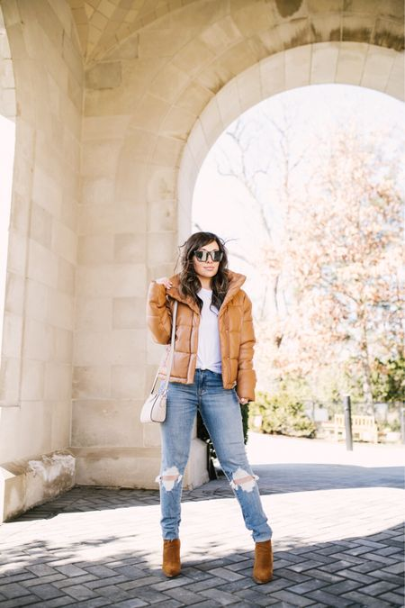 The face you make when you just lost 10 lbs in 6 weeks!! 😮 I'll be sharing everything on a blog post if you have any questions make sure to DM me! My entire outfit is on sale and I just got this jacket in dark brown too #obsessed shop this look through the @liketoknow.it app or directly through this link http://liketk.it/3bCw4 #liketkit #LTKSpringSale #LTKsalealert #LTKunder50