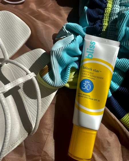 THE SUNSCREEN YOU NEED [ #ad ]  Sunscreen is the # 1 product you should have incorporated in your skincare routine and if you don't... it's time to add it.   I've been using the new @bliss invisible block star sunscreen and it gives me the SPF I need without leaving a white cast. The best part is that you can purchase it at your local @target for $20.  Head over to my stories to see the product in action!   #ThisIsBliss #BlockstarSPF @bliss http://liketk.it/3cVQw #liketkit @liketoknow.it