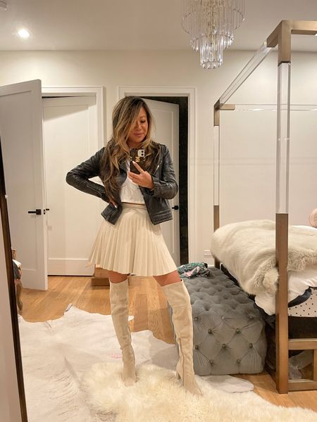 Winter white outfit. Over the knee boots, pleated faux leather skirt, fall outfit