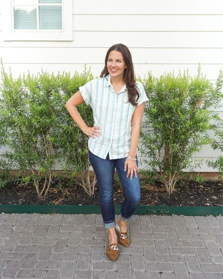 Fall outfits / teacher outfit / casual weekend outfit / short sleeve striped top / dark blue skinny jeans with stretch / brown slides flats with gold buckle  #LTKunder100 #LTKunder50 #LTKshoecrush