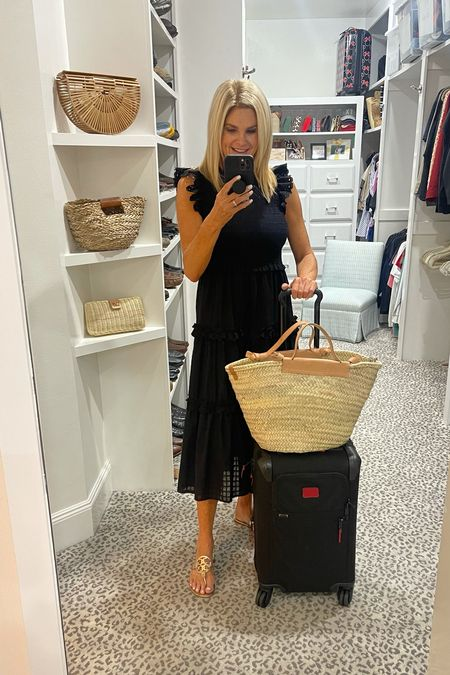 Travel day look. Comfortable, yet ready for anything once we arrive!    #LTKstyletip #LTKunder100 #LTKtravel