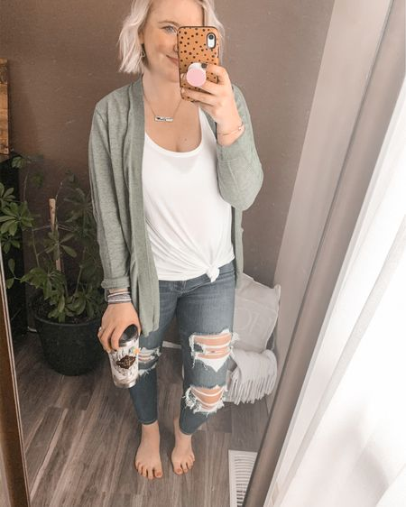 Cozy cardigan, favorite cardigan, go to outfit, everyday, casual, distressed jeggings, American Eagle, nail polish, pink nail polish, Harry Potter, Harry Potter mug, spring, spring transition, target, luxe tank, women's accessories.   http://liketk.it/2KggP #LTKhome #LTKspring #LTKstyletip #liketkit @liketoknow.it