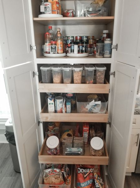 A bit of pantry organization inspo!