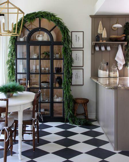 Our cozy Christmas kitchen!  http://liketk.it/322KX @liketoknow.it #liketkit