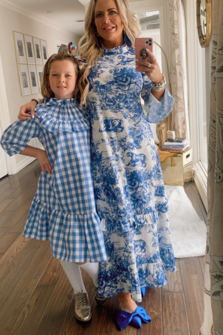No sad blues here.....only all happy blues for spring forward fashion. @liketoknow.it #liketkit http://liketk.it/3avyG  @annaberkleystyle #APstyle