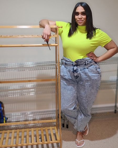 Just building stuff, trying to be a boss. If you haven't already followed my boutique page, I'd love the support! I also shared my first round of samples in my Facebook Group! Head over there and search The Glam Mom Community to see just a few items coming to the site.  If you watched my @Eloquii haul, you might recognize these pants. I said I was going to return them, but I missed thr deadline 🤦♀️ So like me to do that! But good thing I didn't send them back. My husband is obsessed with the 80s style and was happy I (accidentally) kept them 🤗  I linked them again for you here ➡️ http://liketk.it/326zL and they are also on TheGlamMom.com 💋  #theglammom #eloquii #xoq #haul #shoppinghaul #ootd #acidwash #highwaistjeans #80sstyle #80sfashion #plussize #style #fashiongram #wiw #plussizemodel  #chicago #chicagostyle #chicagogram #chicagogrammers #chicagoinfluencer #chicagoigers #fashionphoto #theglammomboutiqe #boutique #fashionforall #straightsize #plussize #retail #store #comingsoon #liketkit @liketoknow.it