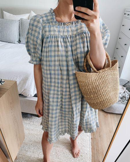 Doen dress. Wearing the xxs. Bump-friendly dresses.    http://liketk.it/3loAt #liketkit @liketoknow.it #LTKbump