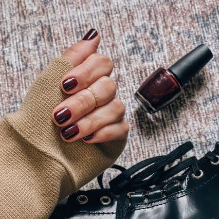My favorite fall tradition? Swiping on a deep burgundy nail polish. There's just something about this color that feels so perfectly me. Probably because it's called Complimentary Wine 😉 It makes me want to pour a big glass of Pinot, light the fireplace, put on a cashmere sweater, and write all the autumn-inspired blog posts ✨   #LTKunder100 #LTKunder50 #LTKtravel #liketkit @liketoknow.it http://liketk.it/2YxMe