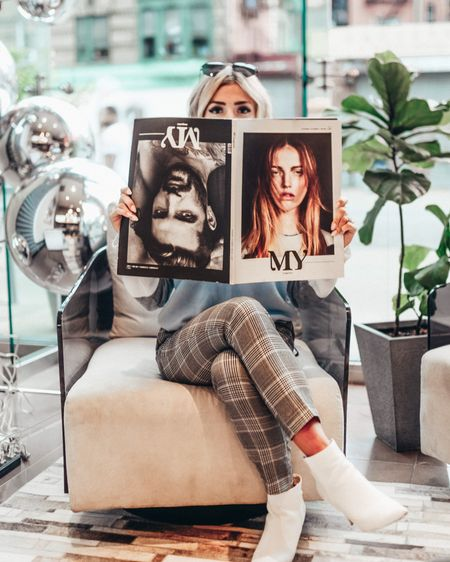 Am I holding the magazine upside down or right side up?? There's something about a quality magazine now a days⚡️ Do you still buy magazines? I'm curious!! •  http://liketk.it/2xvnN #liketkit @liketoknow.it