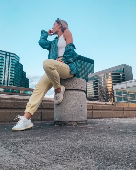 lil pop of yellow on a sunshine-ey night in cle. grab these pants + rest of the look! ✨ http://liketk.it/3bljV #liketkit @liketoknow.it  #spring #springfashion #springvibes #springstyle