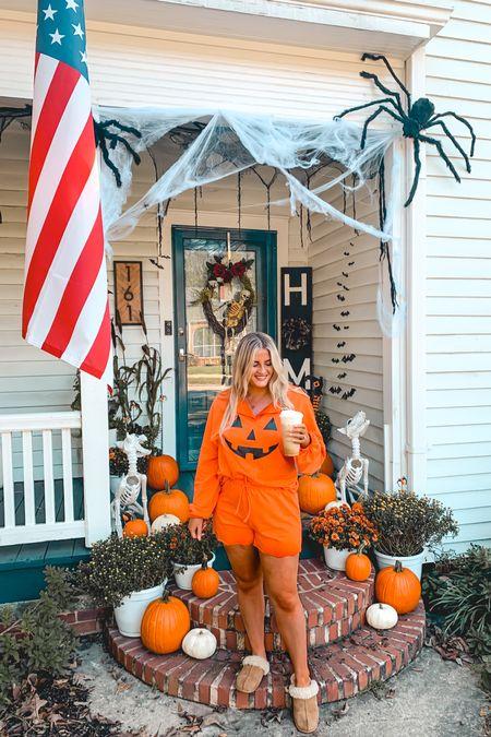 Halloween decor front porch pajamas Jackolantern spooky decor