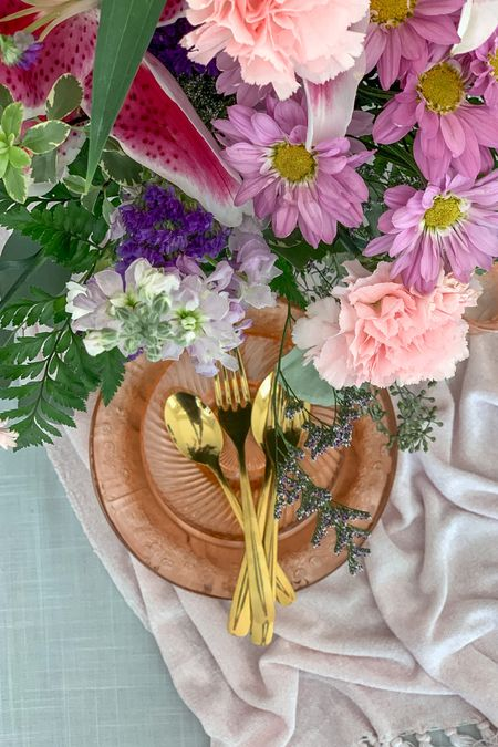 Create a dazzling summer centerpiece/tablescape with Star Gazer lilies, depression glass plates and gold flatware!🌸✨✨  You can instantly shop all of my finds by following me on the LIKEtoKNOW.it app   #depressionglass #floralarrangement #centerpiece #summerflowers  http://liketk.it/3irLO   #LTKhome #liketkit @liketoknow.it.home @liketoknow.it  #LTKunder50 #LTKwedding