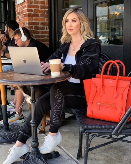 Working full time and being a single Mom has been an adjustment and a major juggling act! Today on the blog I'm talking about how I balance my work, my kids schedules and being a Mom. Oh yeah, and some free time for myself too 😃 lifescandyjar.com http://liketk.it/2AbNf #liketkit @liketoknow.it