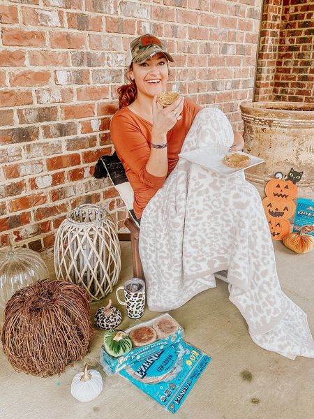 Fall home decor 🧡 Linking up my Barefoot Dreams blanket dupe and my pumpkin decors down below! Use code HEATHER20 for 20% off!   #LTKhome #LTKunder100 #LTKSeasonal