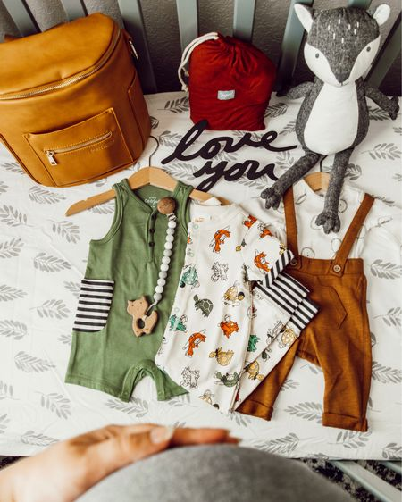 It might be 90 degrees outside, but I'm already daydreaming about fall colors and a September baby. 🌿🍂   Screenshot this pic to get shoppable product details with the LIKEtoKNOW.it app. http://liketk.it/2CmDU @liketoknow.it #liketkit #LTKbaby #LTKbump #LTKfamily #LTKkids #LTKsalealert
