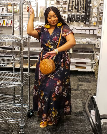 I guess it's time to get ready for the work week!  * *  @liketoknow.it #liketkit http://liketk.it/2FmDi  #boymom #momlife #momblogger #blackgirlbloggers #stylishbump #celebratemysize #melaninpoppin #blackswhoblog #instafashionista #styleinspiration #fashiondiaries #plussizeblogger #memphis #visiblyplussize #goldenconfidence