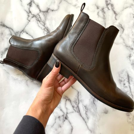 The Chelsea boots come in different colors and are a go-to boot for me #chelseaboot #fallboits #boots #ankleboots #brownboots  #LTKshoecrush #LTKstyletip #LTKSeasonal