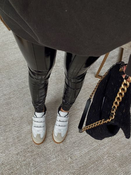 patent leggings for fall! I'm wearing a size small   #LTKstyletip