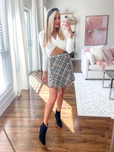 GoodnightMacaroon fall look Tweed Skirt  Black suede booties     *GNM 40% off: JANELLE40 Amazon Headband    #LTKstyletip #LTKunder100 #LTKunder50