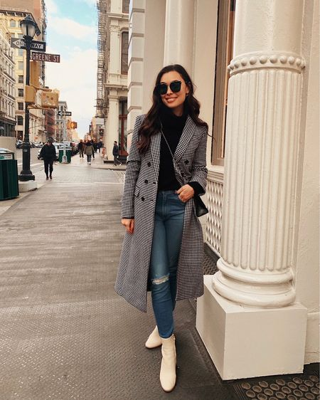 Houndstooth coat and jeans.   #LTKstyletip #LTKSeasonal