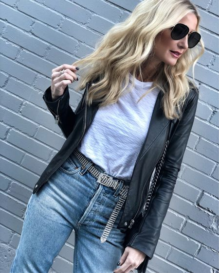 Wearing 3 basics that everyone needs in their wardrobe ~ A black leather jacket ✔️ a simple white tee ✔️ and real good denim ✔️ Shop this exact look by clicking the link in my bio OR Shop my daily looks by following me on the LIKEtoKNOW.it app @liketoknow.it #liketkit http://liketk.it/2zfpu #LTKstyletip #LTKunder100