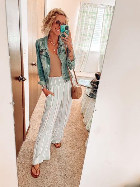 Summer style  Casual outfits beach style Abercrombie  TKEES sandals 10% off code: JENNAMADEMEDOIT  Gucci soho bag   #LTKitbag #LTKstyletip #LTKSeasonal