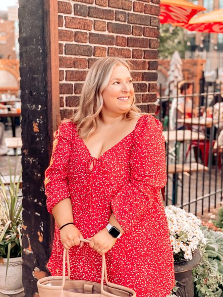 Let's have a moment for the $25 Target dress which is perfect going into fall!   #LTKSeasonal #LTKstyletip #LTKcurves